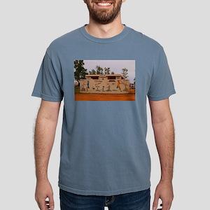 Outback toilet block, Australia T-Shirt