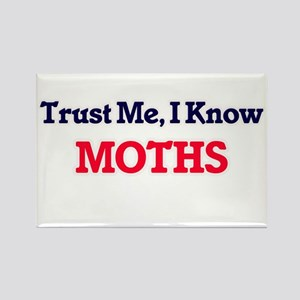 Trust Me, I know Moths Magnets