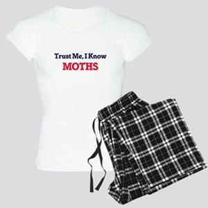 Trust Me, I know Moths Women's Light Pajamas