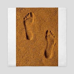 sand footprints, Queen Duvet