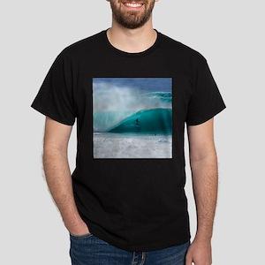 Surfer Banzai Pipeline Dark T-Shirt