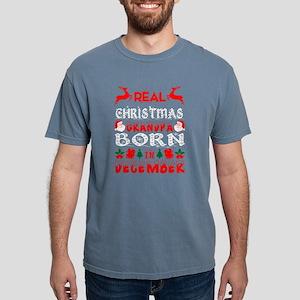 Real Christmas Grandpa Born In December T-Shirt