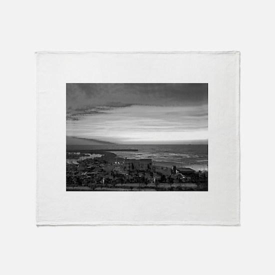 Black & White Sunset Throw Blanket