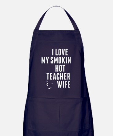 Cute I love hot moms Apron (dark)