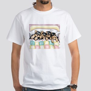 ByCatiaCho Sleeping Babies T-Shirt