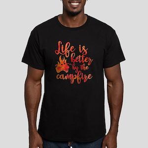 Life's Better Campfire Men's Fitted T-Shirt (dark)