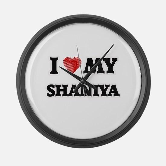 I love my Shaniya Large Wall Clock