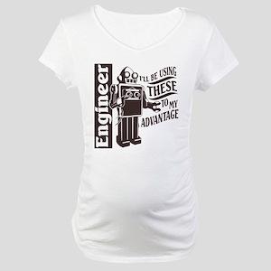 To my advantage Maternity T-Shirt