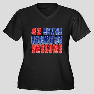 42 Never loo Women's Plus Size V-Neck Dark T-Shirt