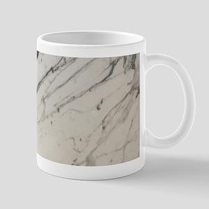 chic white marble look Mugs