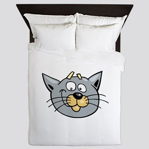 Fearful cat head art Queen Duvet