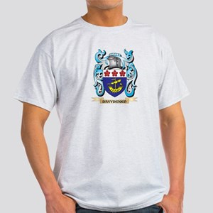 Davydenko Coat of Arms - Family Crest T-Shirt