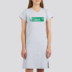 Times Sq with Statue of Liberty Women's Nightshirt