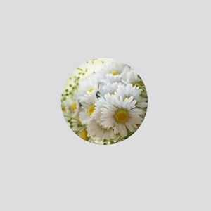 Bouquet of daisies in LOVE Mini Button