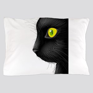 Black cat face with bright eye Pillow Case