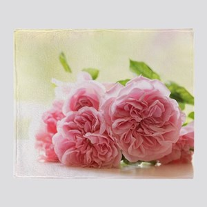 Beautiful shabby roses Throw Blanket