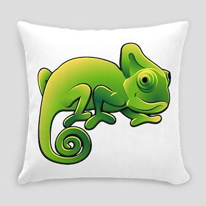 Chameleon design art Everyday Pillow