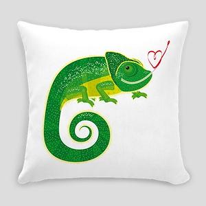 Chameleon love art Everyday Pillow
