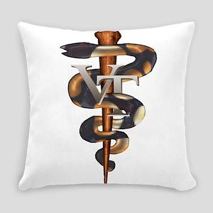 vet_tech_1 Everyday Pillow