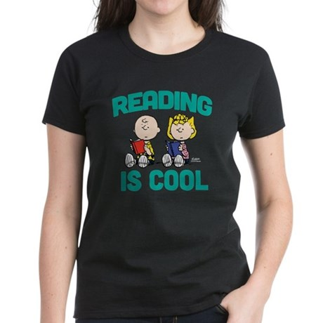 Charlie & Sally Brown-Reading Women's Dark T-Shirt