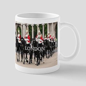 London: Royal Household Cavalry Mugs