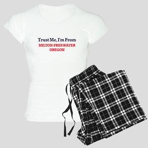 Trust Me, I'm from Milton-F Women's Light Pajamas