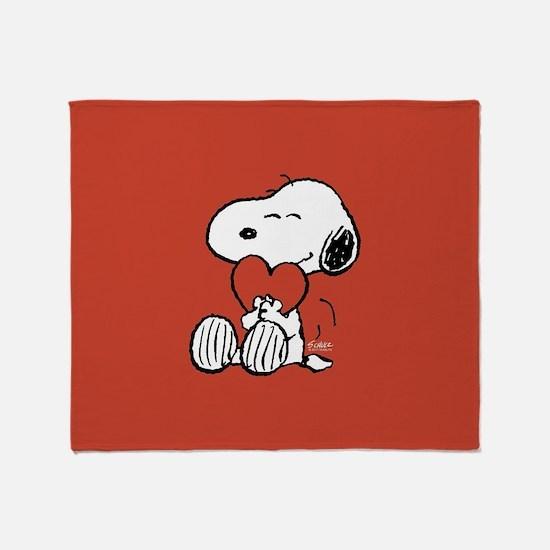 Snoopy Hugs Heart Throw Blanket