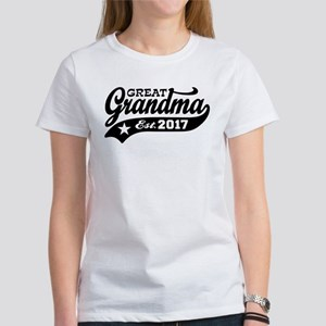 Great Grandma Est. 2017 Women's T-Shirt