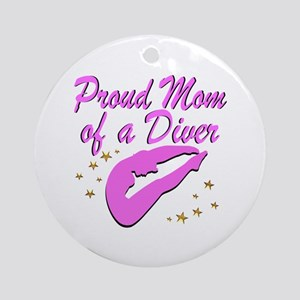 DIVER MOM Round Ornament