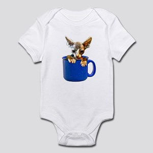 Cute kitten Infant Bodysuit