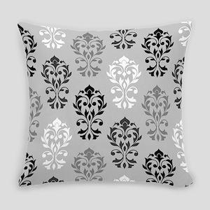 Heart Damask Art I Ptn Bwg Everyday Pillow
