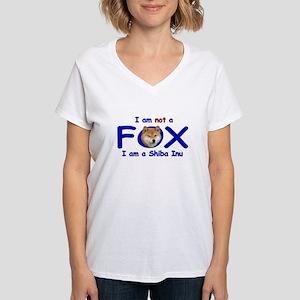 I am not a fox I am a shiba I T-Shirt
