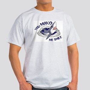 Mako me smile T-Shirt