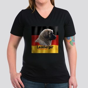 Leo and Flag Square Made in Germany Large T-Shirt