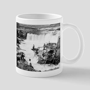 Men fishing at Celilo Falls - Vintage Photo Mugs