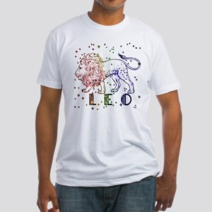 LEO SKIES Fitted T-Shirt