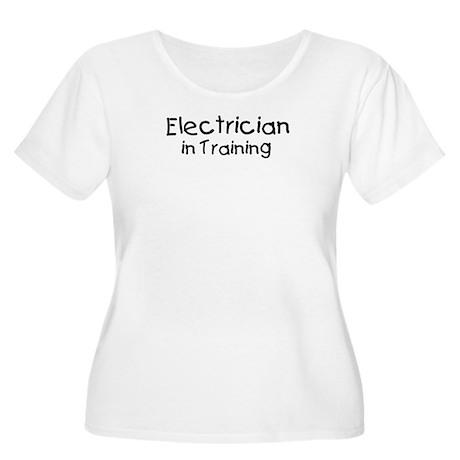 Electrician in Training Women's Plus Size Scoop Ne