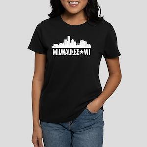 Milwaukee, Wisconsin Skyline Women's Dark T-Shirt