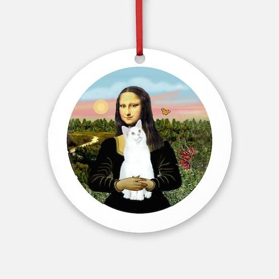 Mona's white cat (sh) Ornament (Round)