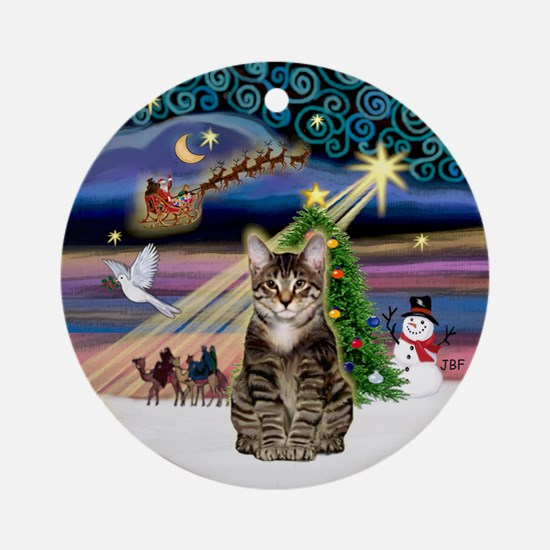 Xmas Magic & brown tabby (SH) Ornament (Round)