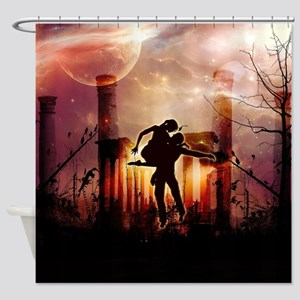 Wonderful dancing couple in the night Shower Curta
