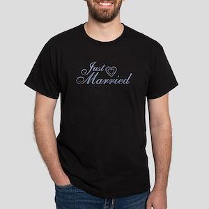 Just Married - Blue Heart Dark T-Shirt
