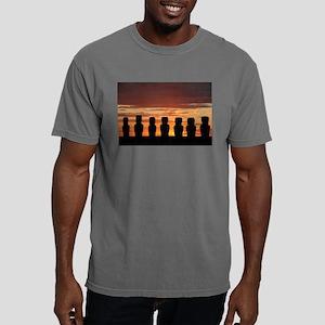 Easter Island Moai at Sunrise T-Shirt