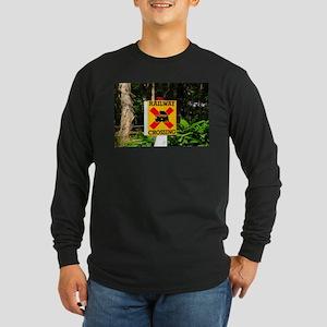 Railway crossing sign Long Sleeve T-Shirt