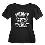 Vintage Women's Plus Size Scoop Neck Dark T-Shirt