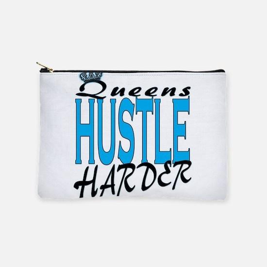 Queens hustle harder Makeup Bag
