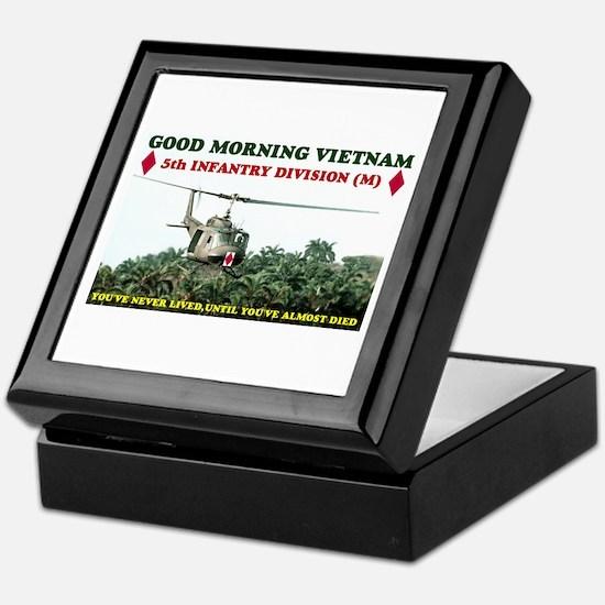 5th INFANTRY DIV VIETNAM Keepsake Box