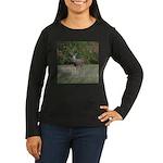 Four Point Buck Women's Long Sleeve Dark T-Shirt