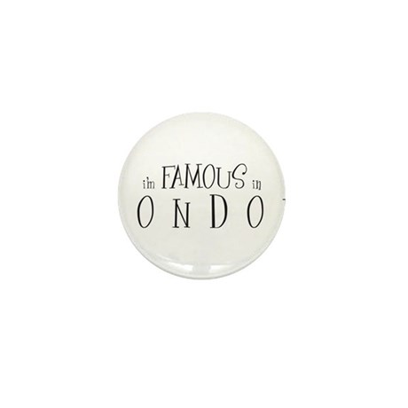Famous in London Mini Button (100 pack)