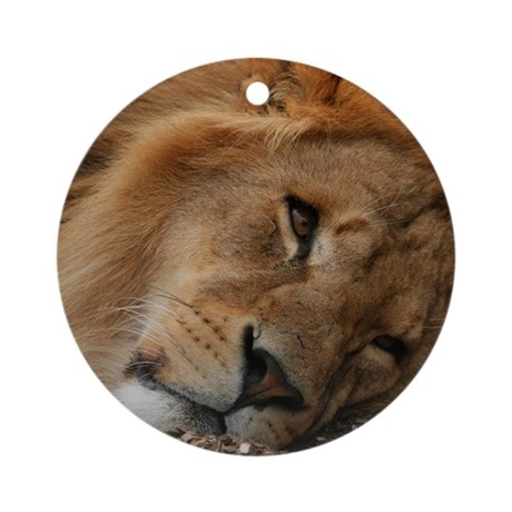 Beautiful Lion Ornament (Round)